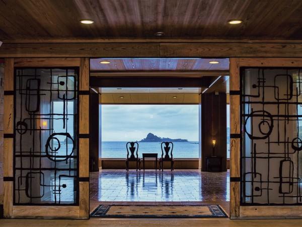 """博多港から1時間で行ける""""神の島""""。今こそ、心も体も澄み渡る離島リゾートへ"""