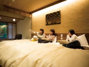 ホテル宮島別荘1泊2食付宿泊券(1組2名様)プレゼント