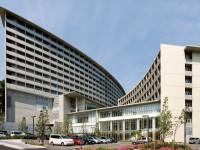 病院が隣接する心強さ、安心と快適の住まい。