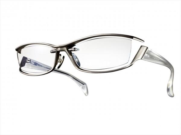 プライドが生み出した究極 これぞ、男の勝負メガネ