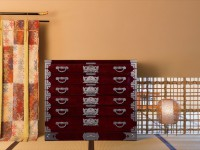 漆塗りの艶が美しすぎる! 「100年家具」の仙台箪笥