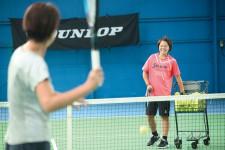 リゾートライクなロケーションの中で、テニスがぐんぐんレベルアップ。
