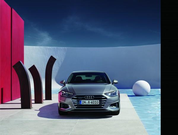 新型Audi A4が新価格で、更にお求めやすくビッグリニューアル