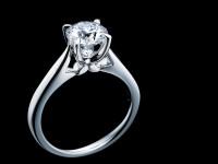 なぜ絆の証にはダイヤモンドが相応しいのか。