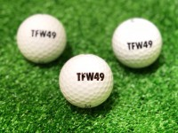 TFW49ロゴ入りゴルフボールプレゼント