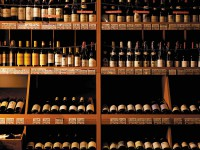 ワインとウィスキーの聖地!?世田谷代田「信濃屋 ワイン館」の品揃えを確認