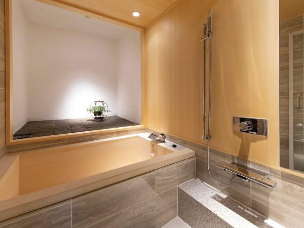 戸建でもマンションでも。ユニットタイプの本格檜風呂